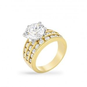 Jewelry - Classic Gold Engagement Ring sz 5